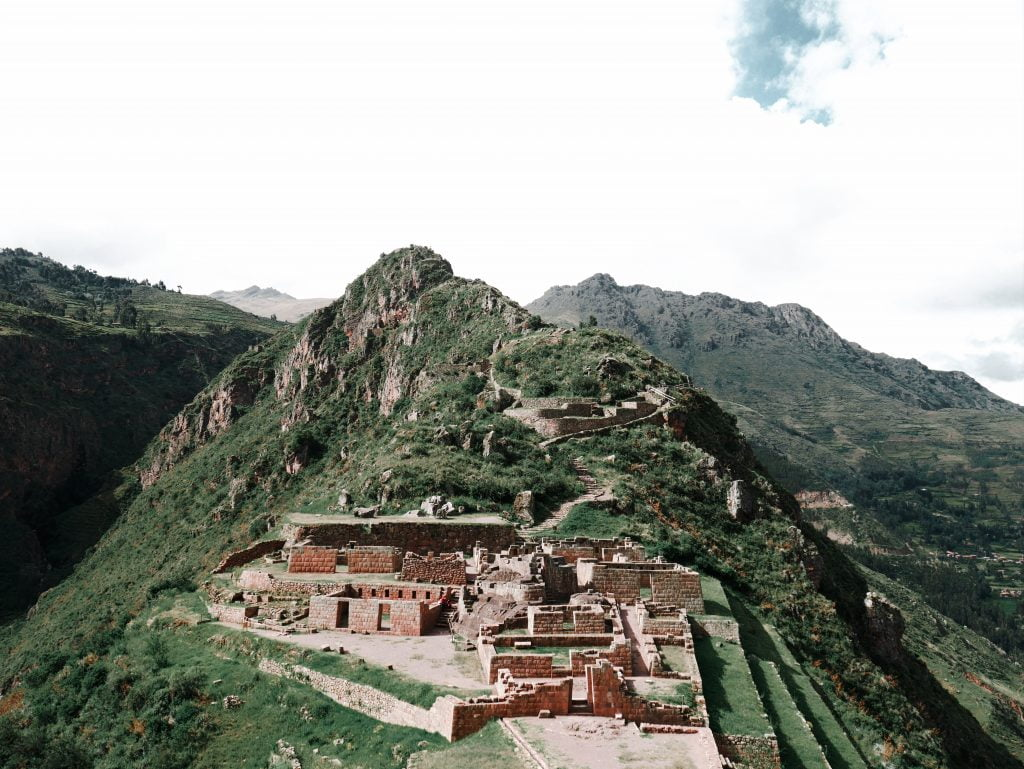 Pisac Nusta Tiana Temple Overlook