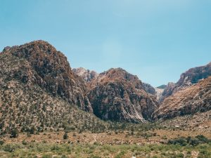 Read more about the article Red Rock Canyon Scenic Drive: A Day Trip from Las Vegas