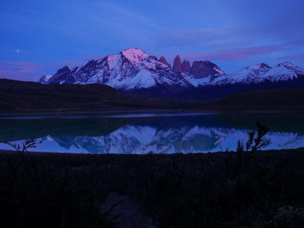 Laguna Amarga at sunrise