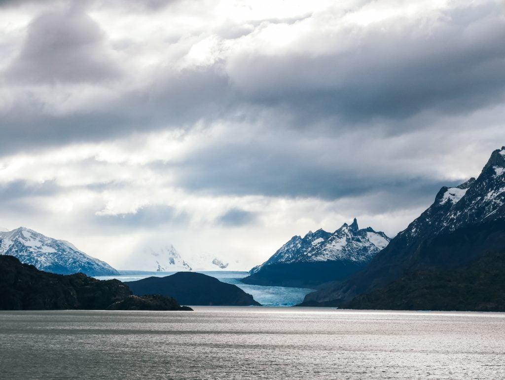 Glaciar Grey and some moody skies